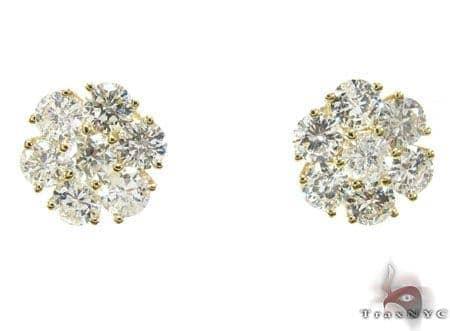 YG Cluster Earrings 3 Stone