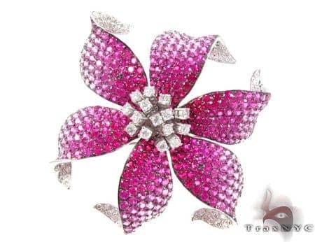 White Gold Pink Shades Sapphire & Diamond Flower Brooch Stone