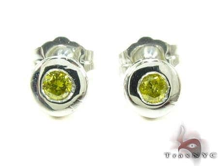 14K Gold Bezel Diamond Stud Earrings 25536 Stone