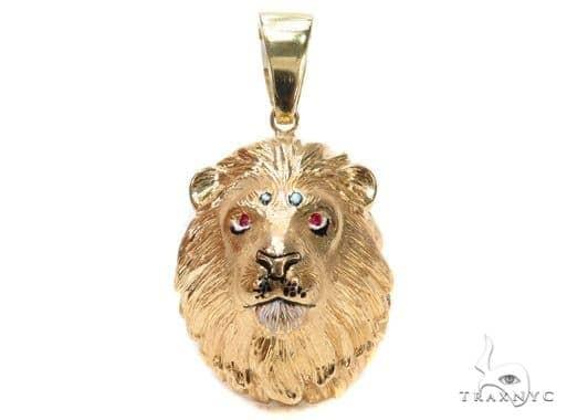 Custom Lion King Pendant with Ruby 42903 Diamond Pendants