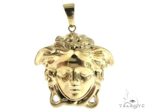 Medusa Gold Pendant 49430 Metal