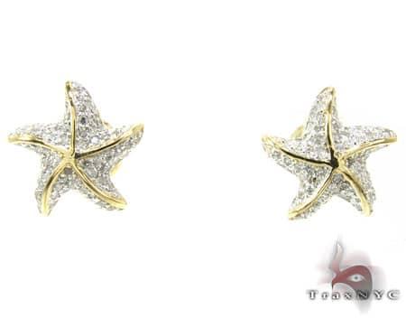 YG Starfish Earrings 4 Stone