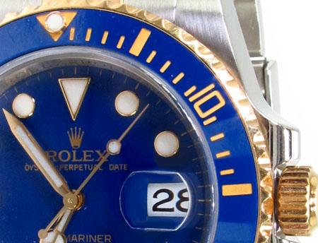 Rolex Submariner Gold and Steel 116613 blu Diamond Rolex Watch Collection